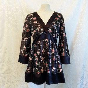 Kiwi Kimono-Style Blouse